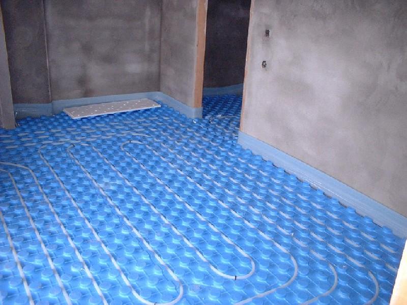 Solcan soluciones ambientales s l calefacci n por - Instalacion suelo radiante ...